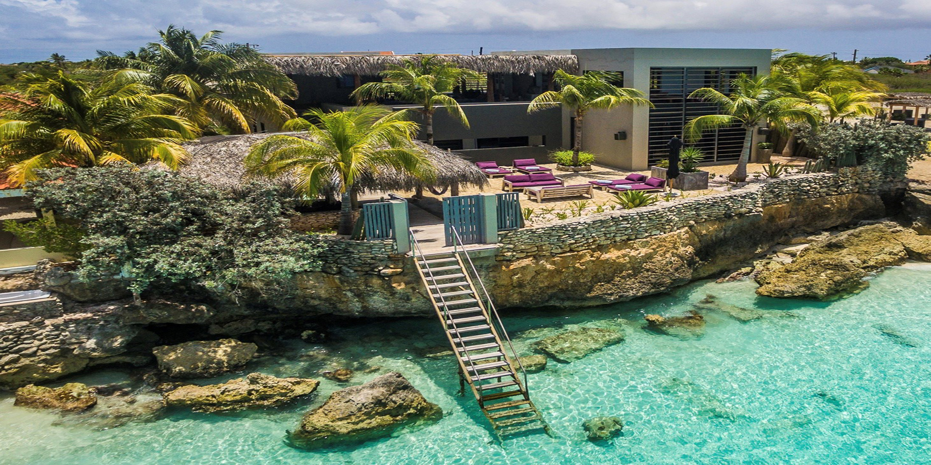 singles in bonaire Eden beach resort will seduce you with its new accommodation, careful attention, spa, outstanding cuisine and high quality diving on our bonaire dive resort.