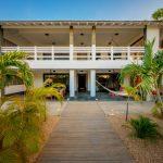 White villa, Piet Boon villa, design villa, vakantie villa, Piet Boon vakantie huis, vakantie huis, Bonaire villa, Bonaire vacation rental