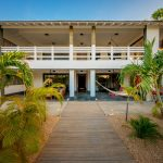 Piet Boon, Boon, white villa, bonaire, island villa, green, nature villa, pure villa, house, vacation rental, huis, huis bonaire, design huis, vakantie villa, garden villa
